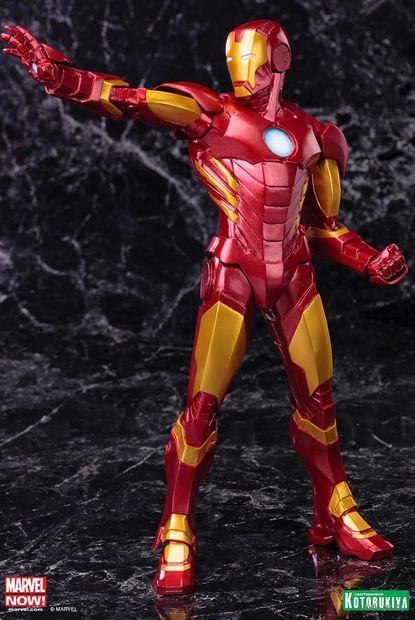"""Фигурка """"Марвел. Железный человек в красной броне"""" (20 см)"""