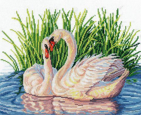 "Вышивка крестом ""Пара лебедей"" (260х195 мм) — фото, картинка"