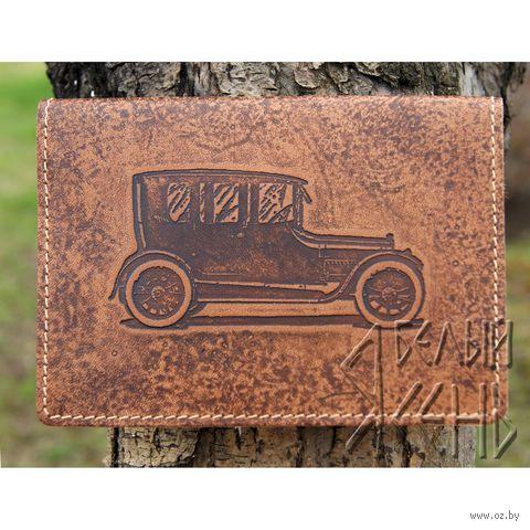 """Обложка для документов """"Старый автомобиль"""" — фото, картинка"""