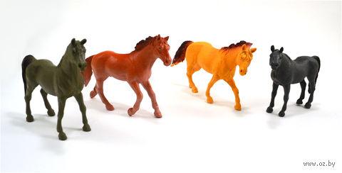 """Набор фигурок """"Лошадки на прогулке"""" (4 шт.) — фото, картинка"""