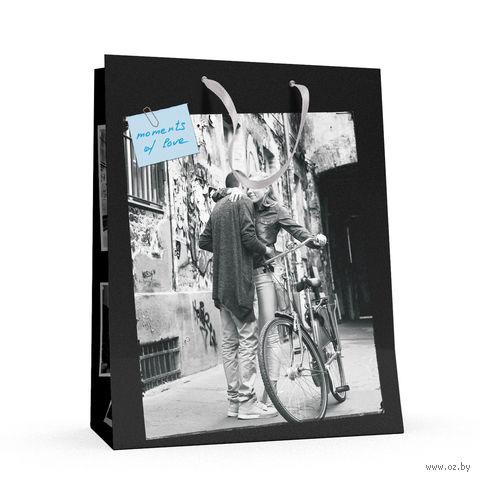 """Пакет бумажный подарочный """"Романтические пары"""" (26x32,5x13 см) — фото, картинка"""