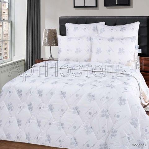 Одеяло стеганое (200х215 см; евро; арт. 2096) — фото, картинка