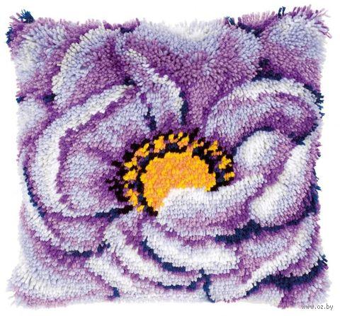 """Вышивка в ковровой технике """"Подушка. Лиловый цветок"""" (400х400 мм) — фото, картинка"""