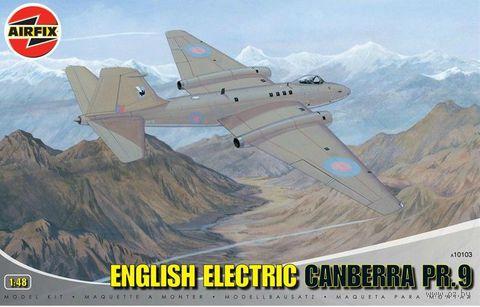 """Фоторазведчик """"English Electric Canberra PR.9"""" (масштаб: 1/48) — фото, картинка"""