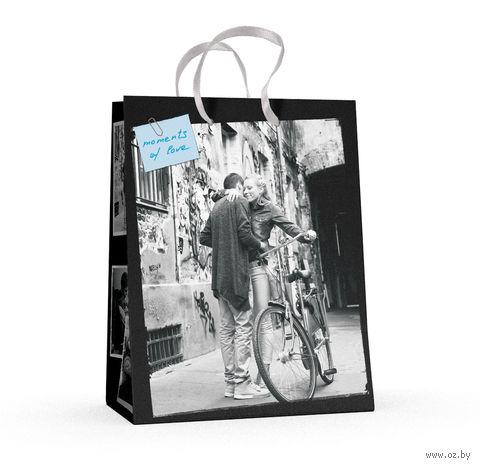 """Пакет бумажный подарочный """"Романтические пары"""" (17,8x22,5x10,2 см) — фото, картинка"""