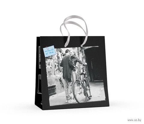 """Пакет бумажный подарочный """"Романтические пары"""" (16,5x16,5x9,2 см) — фото, картинка"""