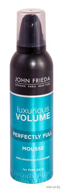 """Мусс для укладки волос """"Luxurious Volume"""" (200 мл) — фото, картинка"""