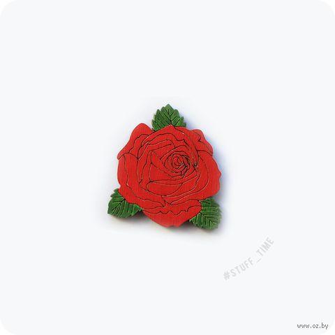 """Значок деревянный """"Красная роза"""" (арт. 410) — фото, картинка"""